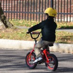 【5歳児】自転車特訓! あら簡単 補助輪外しトラのまき